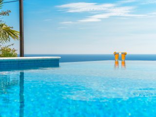Infinity pool villa with sea view in Mlini, for 6-8 persons