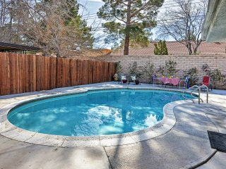 NEW! 4BR Las Vegas House 5 Min. From The Strip!