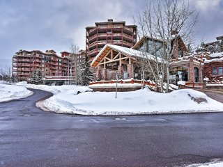 NEW! Ski-In/Ski-Out! Luxurious Park City Studio!