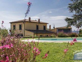 Villa in Tuscany : Cortona / Arezzo Area Villa Eleonora, Sinalunga