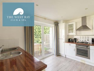 TWO BEDROOM COTTAGE WITH EN-SUITE OR CLOAKROOM AT THE WEST BAY CLUB & SPA