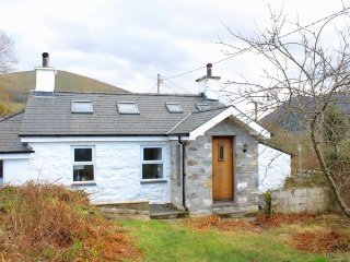 Superb Stone Cottage 6+ guests garden mountain views Snowdon Caernarfon Wales