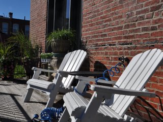 Historic Firestation Carriage House - Cool Loft - Great Location