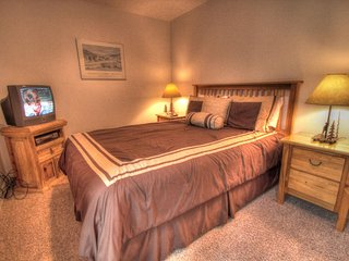 CM212 Copper Mtn Inn Two Room Suite, Copper Mountain