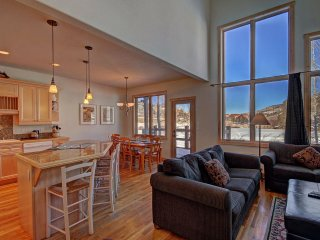 EN402 Ranch at Eagles Nest 3BR 4BA, Silverthorne