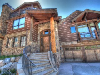 LR900 Mont Blanc in Lewis Ranch ~ RA130967