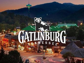 AFFORDABLE, LOADED & PET-FRIENDLY CABINS IN GATLINBURG'S MOST POPULAR LOCATIONS!, Gatlinburg