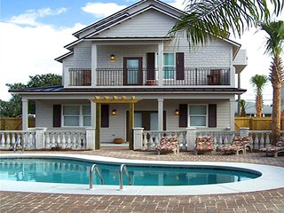 Spring Family Discount 9bed/8ba Large Private Pool/GulfView Golfcart at Discount