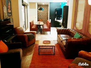 Appartement atypique, 3 chambres pour 6 personnes, centre et gare de Reims