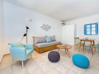 Suites in Perivolos Santorini