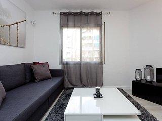 Modern and charming 3bed close to Torrassa Metro, L'Hospitalet de Llobregat