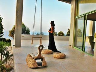 Mama La Roosa  Sea view villa