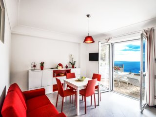 Positano center Appartamento Cleo, private terrace, sea view, wifi, sleeps 4