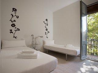 Three-Bedroom Apartment with Balcony, Barcelona