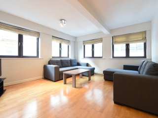2 Bed City Centre Apt Slp 8 (60), Manchester