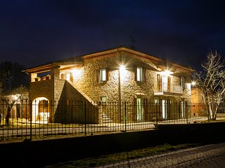 Villa Patrizia private villa for 11 persons in Cortona