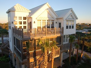 Cape Cottage - 4+Bed, 5 Baths, Elevator, Shared Pool,Screen Porch, Gulf Views, Cape San Blas