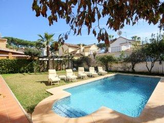 1950 - 4 bed Villa, El Presidente, Guadalmina, San Pedro de Alcantara