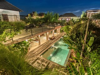 Villa Saba 10 : Beautiful open plan, award-winning 5BR villa with 17m pool, Seminyak