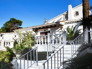 Villa Marbella Beach - Superb Holiday Accommodation - 200 meters from the beach!