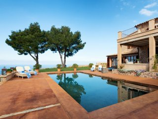 Can Miquelet - Private villa with fantastic view of the mountains and sea