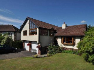 Beautiful 4 bedroom modernised villa in the countryside!, Largs