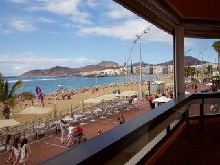 A balcony to Canteras beach
