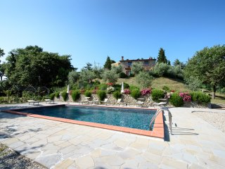 Villa Rubino, private villa between Tuscany and Umbria for 8 persons