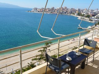 Apartment for holidays in Saranda, on the shore of the Sea