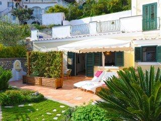 Villa with garden and sea view - V725, Praiano