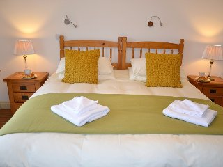Hazel Cottage - Self Catering (Wheel Chair Friendly) Holiday Cottage Cornwall, Caerhays