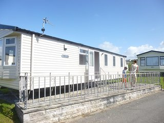 10 The Paddocks, Westward Ho