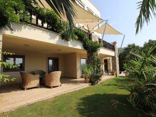 Villa Sunny, Gundogan