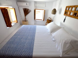 COSMOS HOME LINDOS SUITE