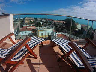 Apartamento con vistas panoramicas al Mediterraneo, jardin, piscina, parking, Alcossebre