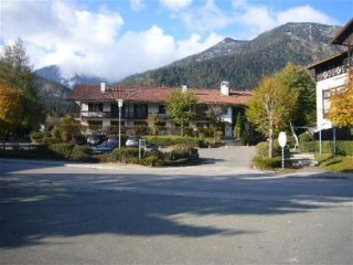 Vacation Apartment in Walchensee - 538 sqft, bright, recently renovated, modern
