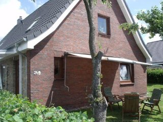 Vacation Apartment in Elsdorf-Westermuehlen - 700 sqft, central, comfortable, Rendsburg