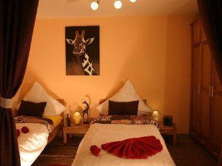 LLAG Luxury Vacation Apartment in Nuremberg - 657 sqft, central, spacious, Núremberg