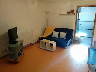 Vacation Apartment in Immenstaad - 484 sqft, quiet, convenient, comfortable