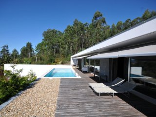 Deveza Villa Sleeps 6 with Pool and WiFi - 5718904