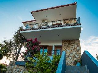 Bouganvillia Homes Deluxe
