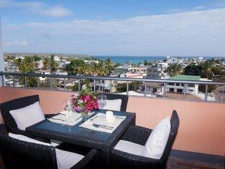 Ocean view Penthouse, Puerto Ayora