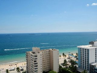Modern Luxury Beach Hotel Large 2 Bedroom with Views + 4 Private Balconies
