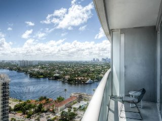 20th Floor Ocean/Beach/Intracoastal View 2 Bedroom Ultimate Suite