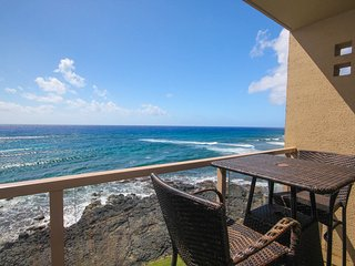 Kuhio Shores 416-4th floor condo, ocean and sunset views with FREE mid-size car., Koloa