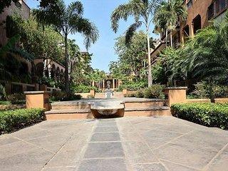 Beautiful 3BR vacation villa- across from beach, pool. CV4, Tamarindo