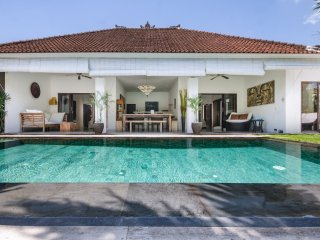 Great Value 3bdrs In Seminyak - Villa Sophia