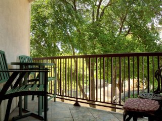 Family Friendly Condo, Close to Schlitterbahn