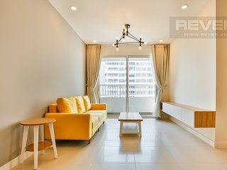 Emma's 3 bedrooms modern apartment, fully furnished with kitchen and electronics