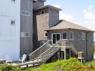 OCEANFRONT & PET FRIENDLY! - Tower 5 Retreat